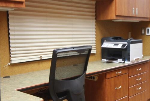 Mobile Office Business Solution: Sprinter Van -Quality Vans