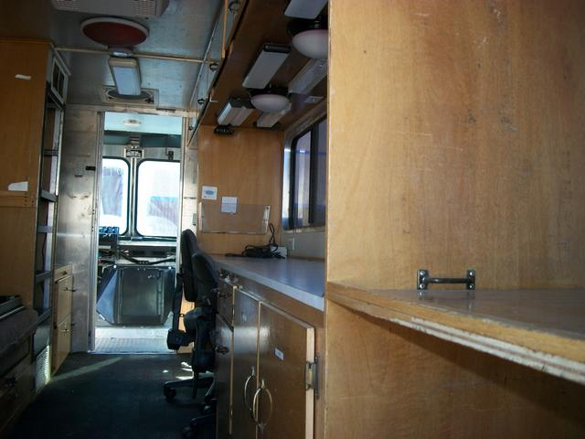 Mobile Office Des Walk In Van Remodel Quality Vans